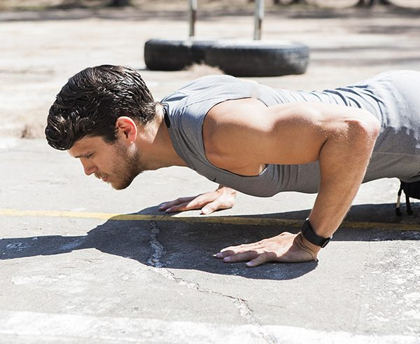 BLOG_CONTENT_strength_training_bodyweight_vs_lifting